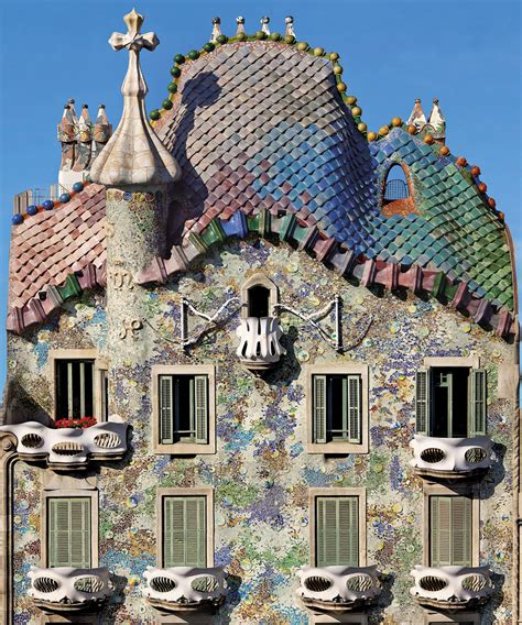 casa cupola a madman or a genius casa batll 243 one world one backpack