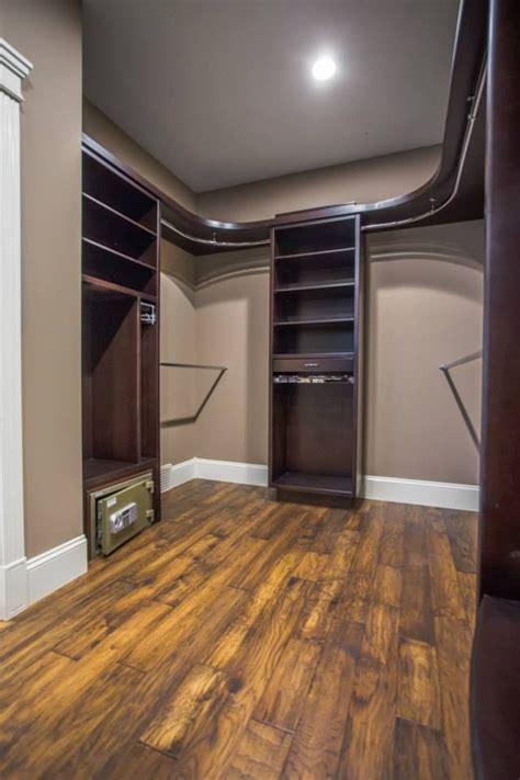 custom walk  closet  curved shelves  rods