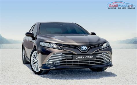Toyota Camry 2019 by India Bound 2019 Toyota Camry Hybrid Showcased At Pms 2018