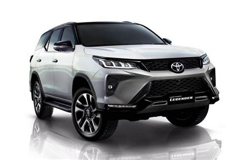 Toyota fortuner boosts power, sty. Have You Checked Out New Toyota Fortuner Yet? VIDEO