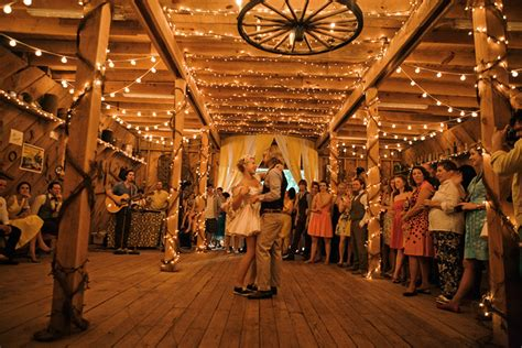 20 Of The Cutest Rustic Barn Weddings