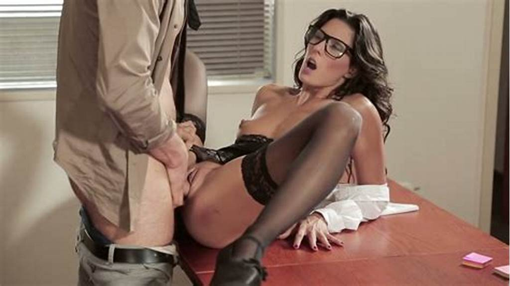 #Black #Haired #Sexy #Chick #In #Glasses #Alexa #Tomas #Got #Fucked