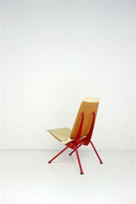 chaise jean prouvé prix 41 best jean prouvé images on