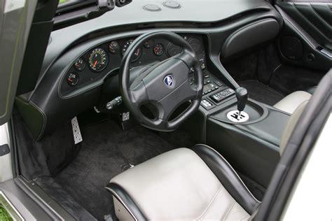 File:Lamborghini Diablo VT interior.jpg - Wikimedia Commons