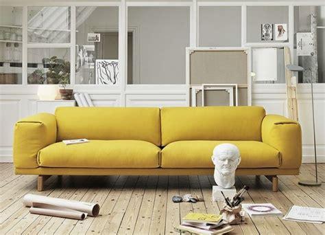 canapé jaune 20 salons avec un canapé jaune joli place