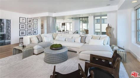 Sorely Missing Closet Space, Kendall Jenner Selling $16m