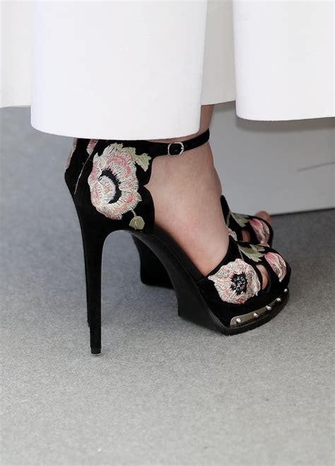 elle fannings alexander mcqueen heels  cannes style