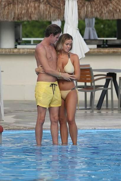 Chloe Meadows Bikini Boyfriend Barnett Mexico Taylor