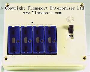Wylex Standard 4 Way Fusebox With White Wooden Frame