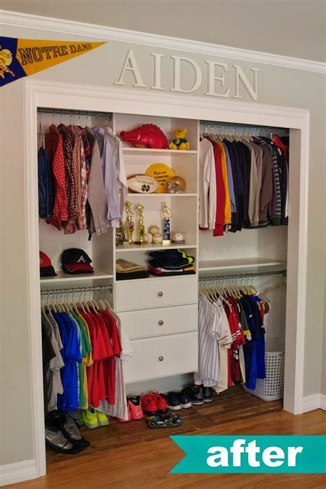 Open Closet Organization Ideas by 25 Best Ideas About Organize Closets On