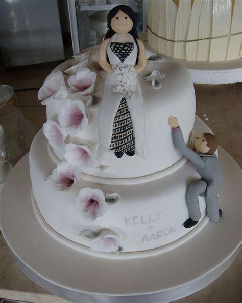 wedding cakes bali idea   bella wedding