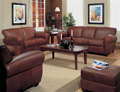 matching your leather living room furniture to your living