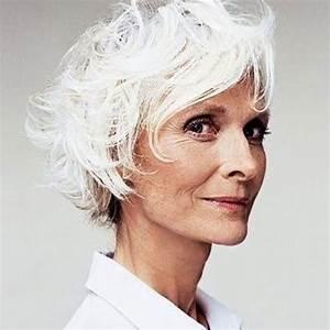 Coiffeuse Noir Et Blanche : cheveux blancs en coupe courte 25 jolies fa ons de porter les cheveux blancs elle ~ Teatrodelosmanantiales.com Idées de Décoration