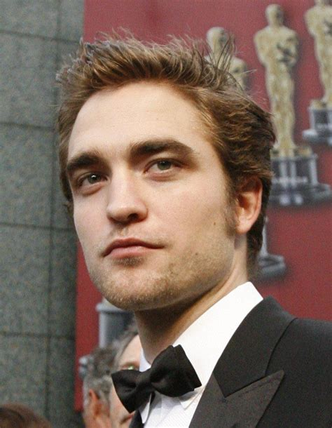 Robert Pattinson To Win An Oscar In 2015? Actor Gets ...