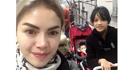Nikita Mirzani Ajak Anak Liburan Hongkong Okezone
