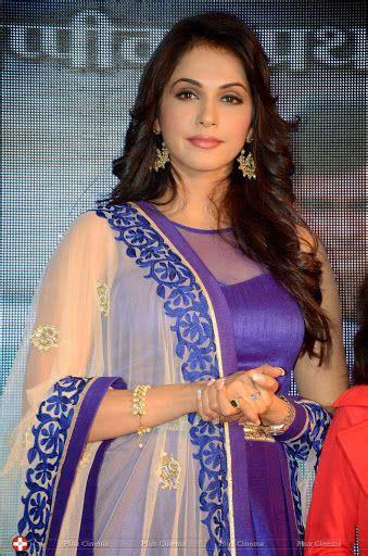 isha koppikar beauty women indian women desi beauty