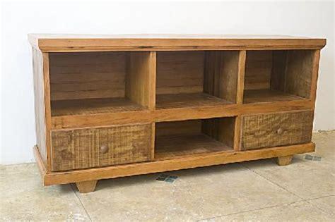 sofa usado para vender em recife os m 243 veis de madeira decora 231 227 o e pre 231 o guia da casa