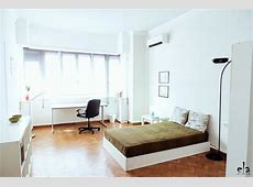 Nice and sunny 20m2 room in very central 175m2 appartment