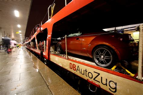 bahn autos autozug entspannt mit der bahn samt auto in den urlaub
