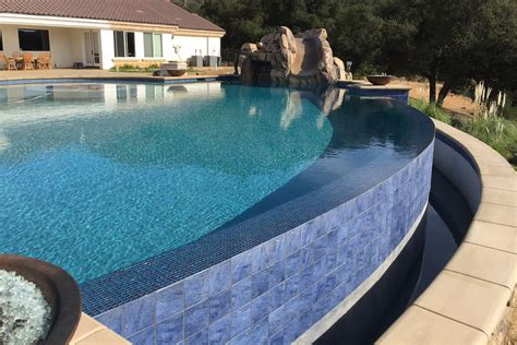 Infinity Pool : Sunset Outdoor Creations