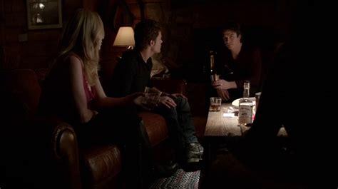 Vire Diaries Resume Saison 5 by R 233 Sum 233 De L 233 Pisode 20 Saison 5 What Lies Beneath Caroline Stefan Dmon
