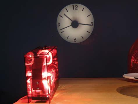 horloge projection nextime horloges design cubic