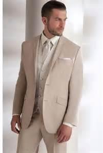 tenue mariage homme 1000 idées sur le thème costume homme sur homme costume costume 3 pièces et costume