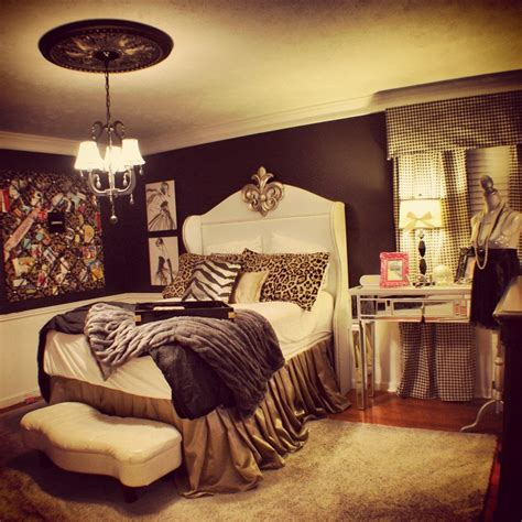 Animal Print Bedroom Decor by Pin By Spencer On Bedroom Designs Cheetah Print