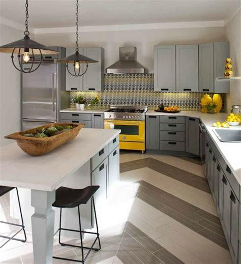 cuisine grise et jaune décoration cuisine gris et jaune