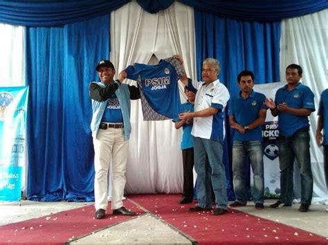 januari  jersey liga indonesia