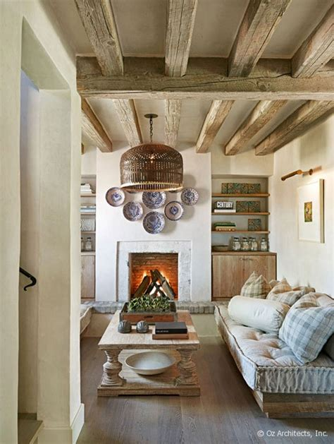 rustic chic interior design desert farmhouse with warm traditional and rustic interiors digsdigs