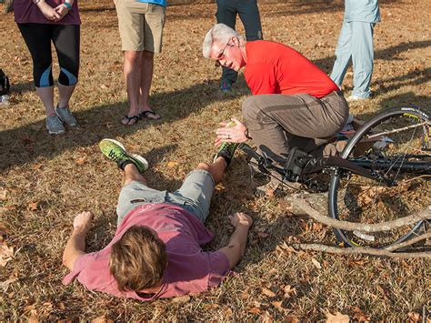 wilderness blount philip center rehabilitation methodist poise scout saving rescue skills students seminar administers victim reese jeremiah accident bike december