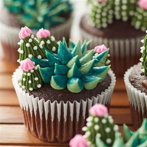 cupcake decorating blooming succulent cupcakes wilton