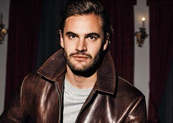 tom bateman hard powder tom bateman sar 224 il villain in hard powder il film con