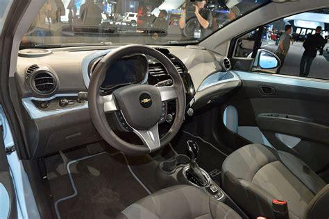 Chevrolet Spark Hd Picture by 2014 Chevrolet Spark Ev Hd Pictures Carsinvasion