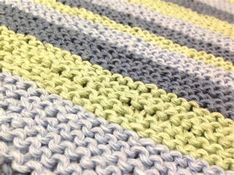 Eine Decke Mit Diagonalstreifen Stricken  Handmade Kultur