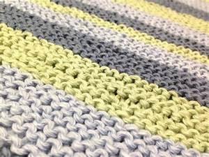 Wolle Für Babydecke : eine decke mit diagonalstreifen stricken handmade kultur ~ Eleganceandgraceweddings.com Haus und Dekorationen