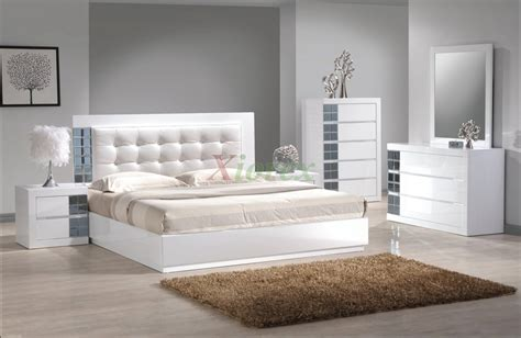tufted headboards with crystals modern bedroom with white