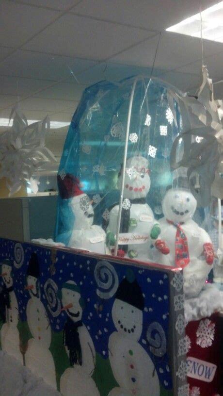 snow globe cubicle decorating creativity   skillz