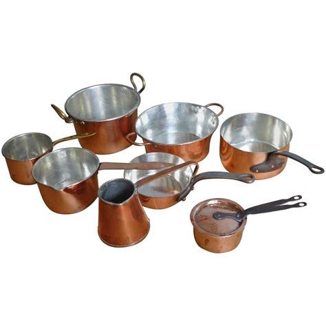 copper pans and pots small batterie de la cuisine of re tinned copper pans and pots at 1stdibs