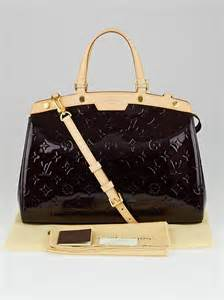 louis vuitton amarante monogram vernis brea mm bag yoogi