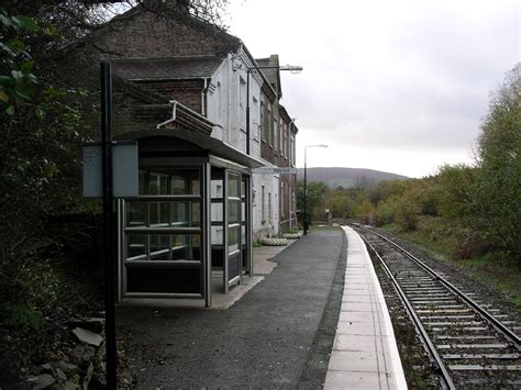builth road railway station wikipedia