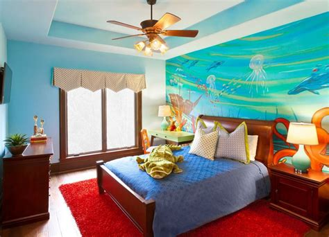 How To Turn Your Bedroom Into An Underwater-Themed Space