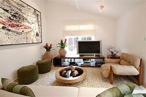 Wohnzimmer Mit Dachschräge : deko und einrichtung ideen in beige mit diversen ~ Lizthompson.info Haus und Dekorationen