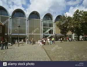 M Markt De Lübeck : deutschland schleswig holstein l beck altstadt textilverlag peek cloppenburg passanten ~ Eleganceandgraceweddings.com Haus und Dekorationen