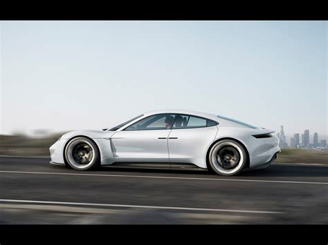 porsche mission e wheels 2015 porsche mission e concept motion 4 1024x768