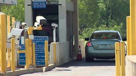 US-Canada border expected to remain closed through most of ...