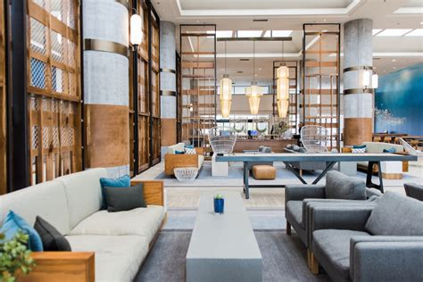 Luxury Southern California Home Celebrates The Endless Summer by Autograph Collection Hotels Hits The Road With Vinty
