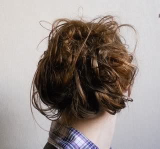 anleitung für hochsteckfrisuren selber machen haare hochstecken einfach