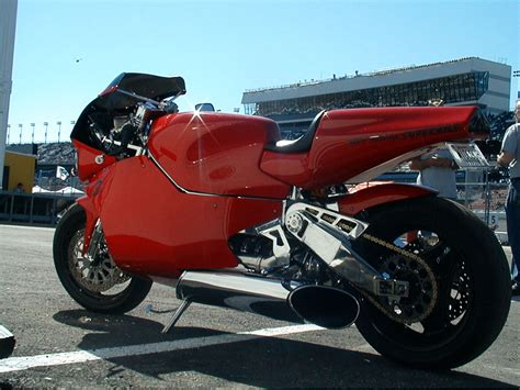 MTT Turbine Superbike Y2K: One of the Fastest Motorcycle ...